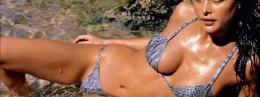 Josie Maran Does More Than Look Hot