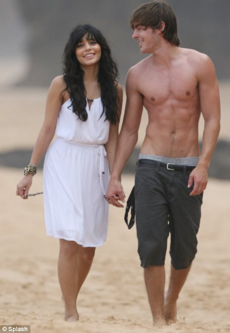 zac efron and vanessa hudgens split. vanessa-hudgens-zac-efron-