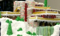 XTreme Gingerbread Home: Frank Lloyd Wright Edition