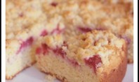 YUM ALERT: Fresh Raspberry Sour Cream Crumb Cake