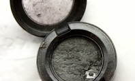 HOLY CRAP: How to Repair Shattered Eyeshadow