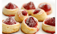 Yum Alert: Last Minute Parisian Strawberry Tartlets