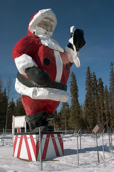 Travel Spotting Santa Claus House In North Pole Alaska The Luxury Spot