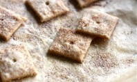 Yum Alert: Cinnamon & Sugar Crackers