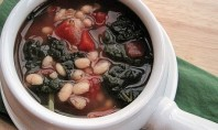 Yum Alert: White Bean and Kale Soup