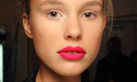 Beauty Spotting: Hot Pink Lipstick