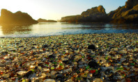 Travel Spotting: The Glass Trash Beach