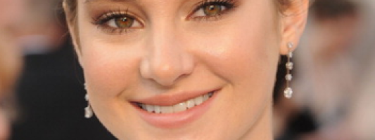 Shailene Woodley's Oscars Makeup