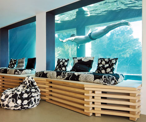 Awesome spotting houses with indoor pools the luxury spot for Swimming pool room ideas