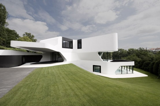 There Is No Denying Though, That This Futuristic House Is An Excellent  Example Of Where Home Design Is Headed.