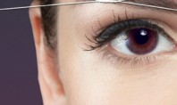 Beauty Spotting: Eyebrow Threading