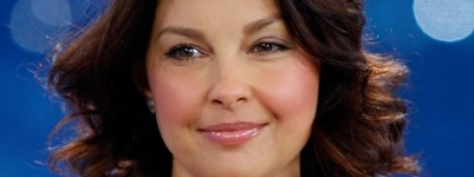 Ashley Judd Has Puffy Face, Wins Bad-Ass-of-the-Week Award