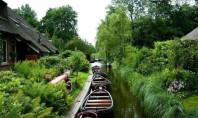 Travel Spotting: Giethoorn, the Town without Streets