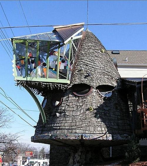 Wtf Spotting 5 Really Weird Shaped Houses