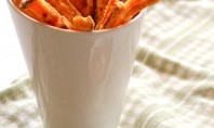 Yum Alert: Baked Sweet Potato Fries w/Parmesan, Cilantro, & Sriracha Sour Cream