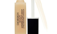Beauty Spotting: 3 Concealers For Pale Skin