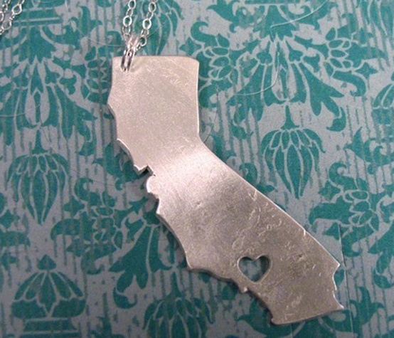 heart your state necklace