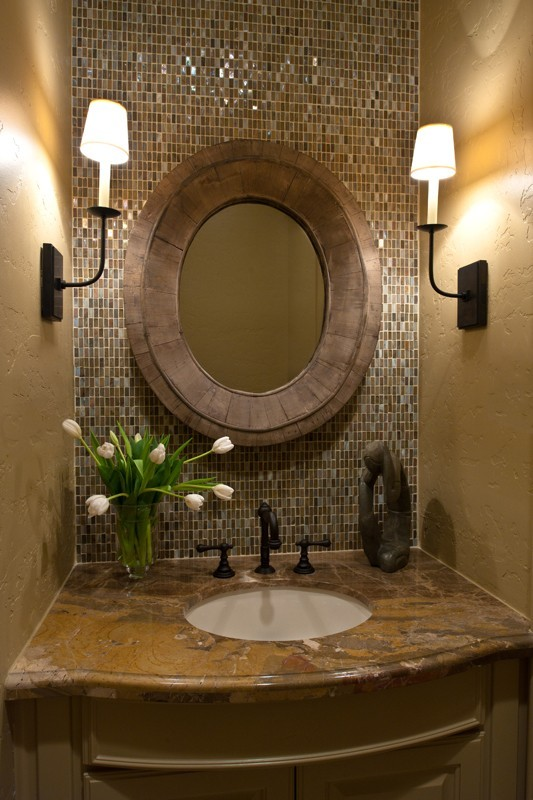 Elegant half bathroom | The Luxury Spot