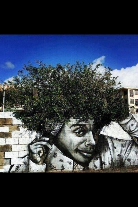 afro tree graffiti