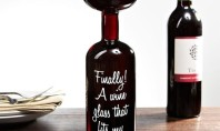 alcoholic wine glass