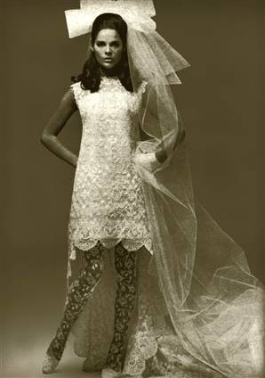 Vintage wedding gowns for 70s style wedding dress