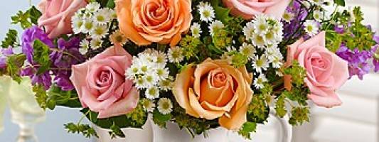 Flower Arrangements For Every Type Of Mom