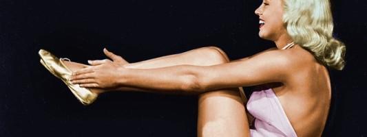 marilyn monroe yoga