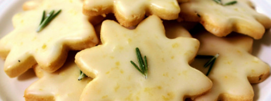 Yum Alert: Lemon Rosemary Cookies