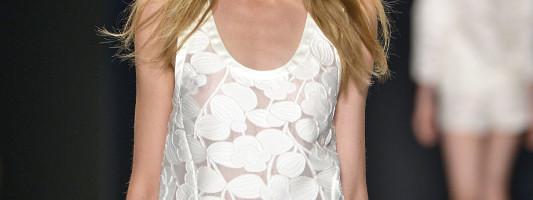 Runway Hair How-To: Jill Stuart Spring 2014 NYFW