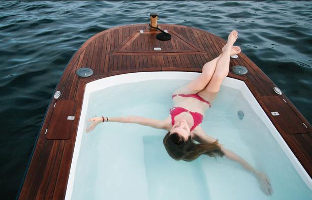 jacuzzi boat. Black Bedroom Furniture Sets. Home Design Ideas