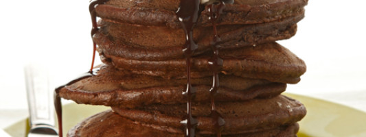 Yum Alert: Whole Grain Chocolate Banana Pancakes
