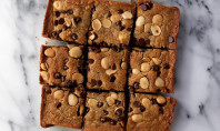 Yum Alert: Blonde Brownies with Chocolate Chips and Marcona Almonds