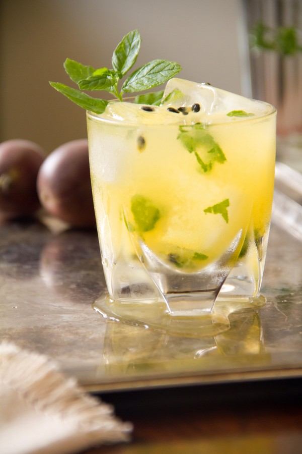 how to make alcohol from passion fruit
