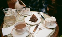 5 Must Visit Paris Cafés and Tea Salons