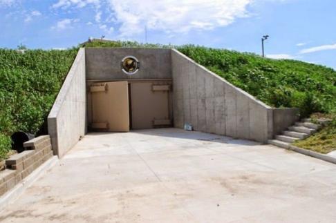 luxury apocalypse bunkers