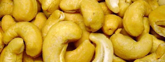 10 Health Benefits of Cashews