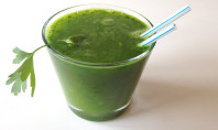 The Many Health Benefits of Parsley Juice