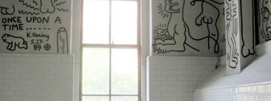 keith haring restroom mural
