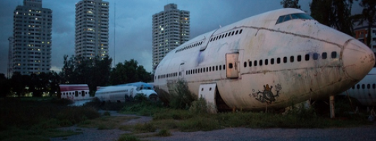 airplane graveyard family