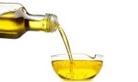 6 Healthiest Oils to Eat Raw