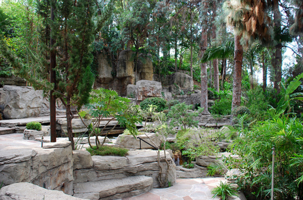 Hidden gardens to visit in la the luxury spot for Landscaping rocks in los angeles