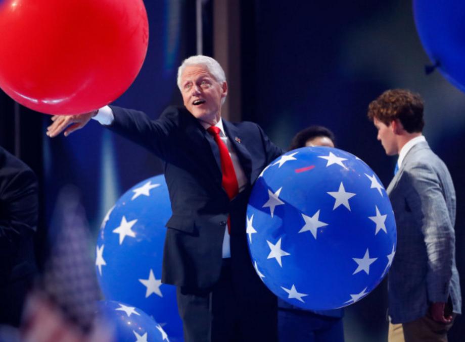 bill clinton balloons