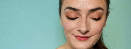 How To Wear A Lower Smokey Eye