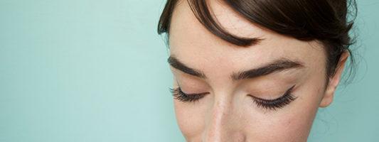 DIY Audrey Hepburn's Makeup from Breakfast At Tiffany's