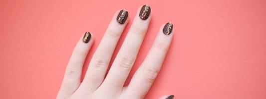 NYE Glitter Manicure + How To Remove Glitter Polish Easily