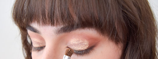 This Rose Gold Eye Makeup Look Will Make Your Insides Sparkle