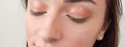 How to Wear Glossy Lids
