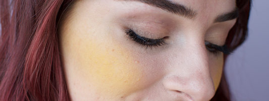 How To Wear Yellow Blush