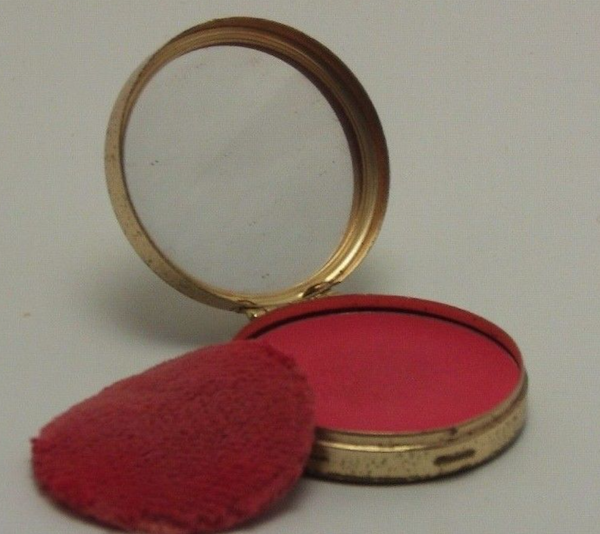 FYI You Can Still Buy Vintage Cosmetics | The Luxury Spot