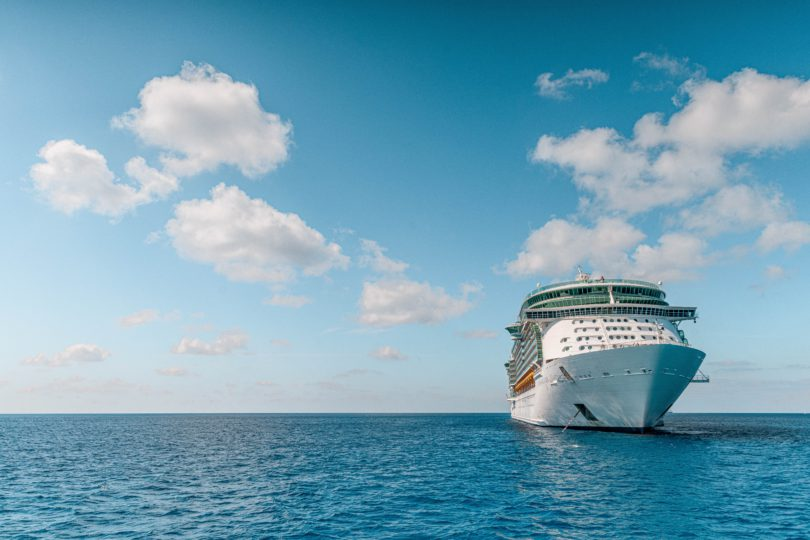 cruise ships, cruise vacations